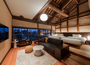 Guest rooms on 2nd floor are equipped with spacious high ceiling and high-tech bath system (RAKU-YU)