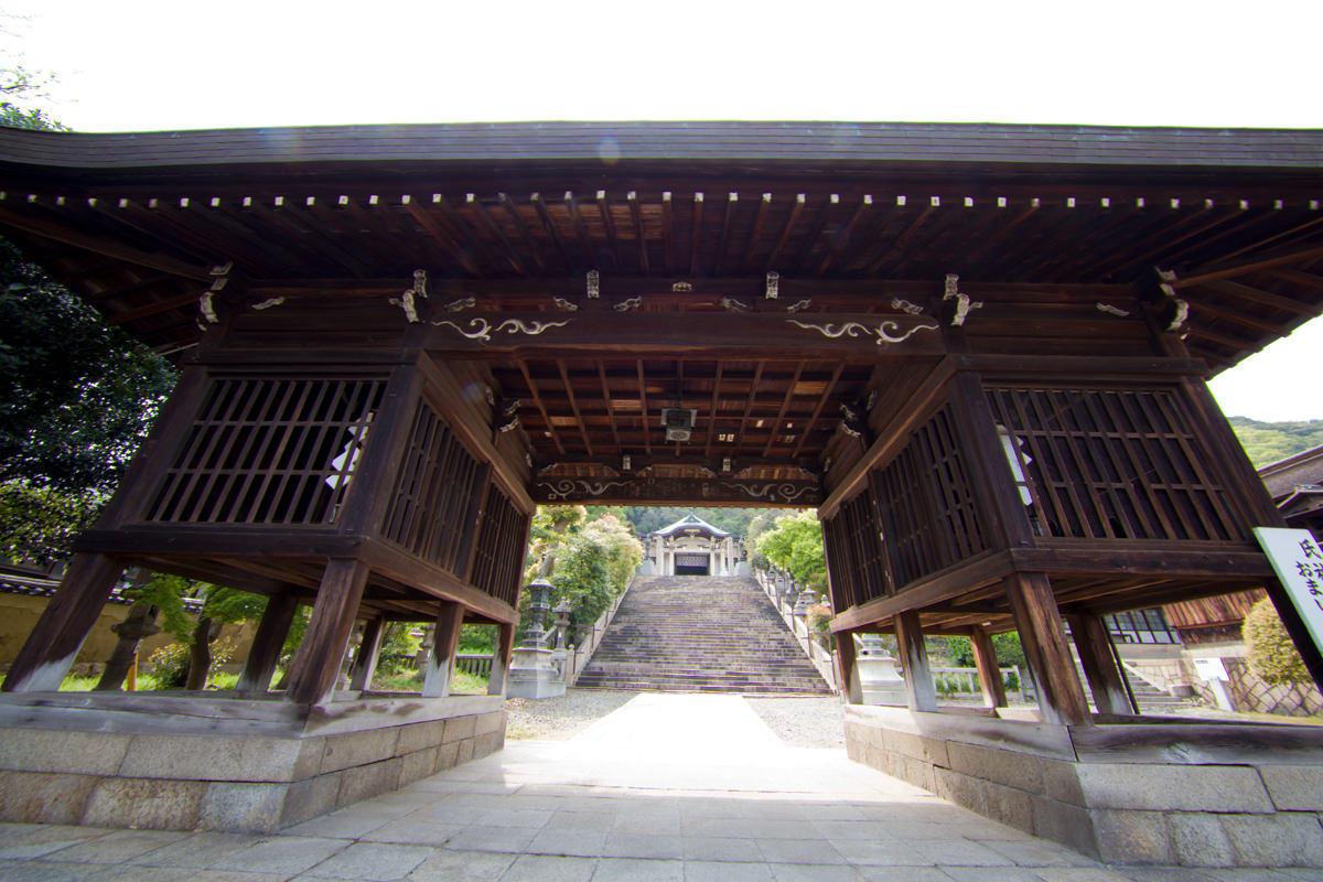 沼名前神社(ぬなくまじんじゃ)